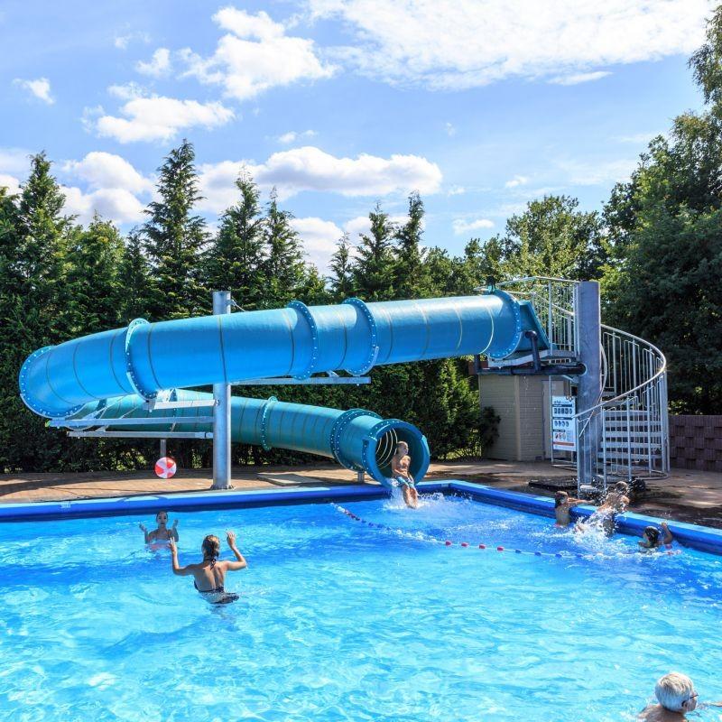 Zwembad Met Glijbaan.Nieuwe Glijbaan Het Schinkel Veluwecamping T Schinkel